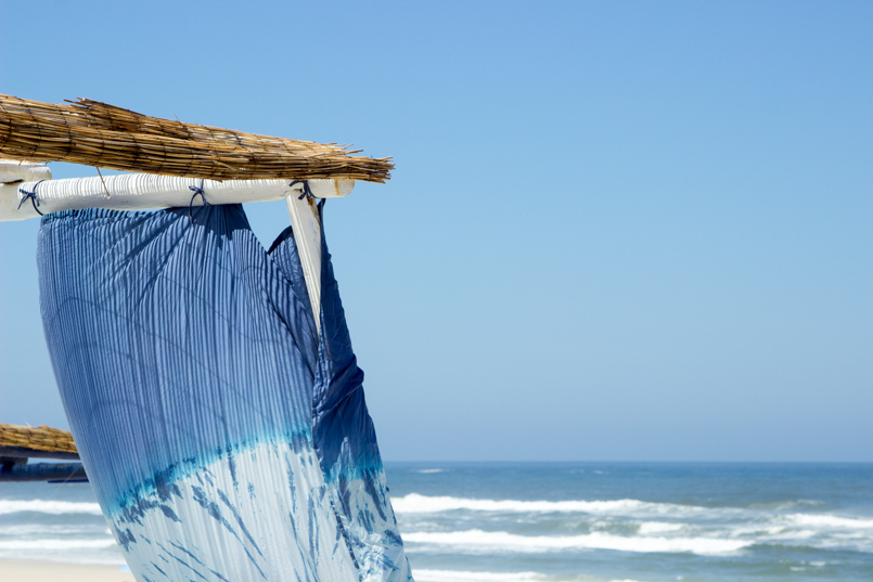Le Fashionaire Bye bye, summer portugal costa nova beach summer blogger quebramar club beach awning sea ocean blue sky sand relax 0340 EN 805x537