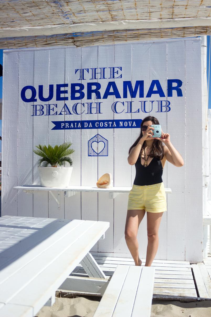 Le Fashionaire Até  para o ano, Verão portugal costa nova praia verao blogueira quebramar beach club women secret fato banho preto calcoes zara oculos sol dolce gabbana 0626 PT 805x1208