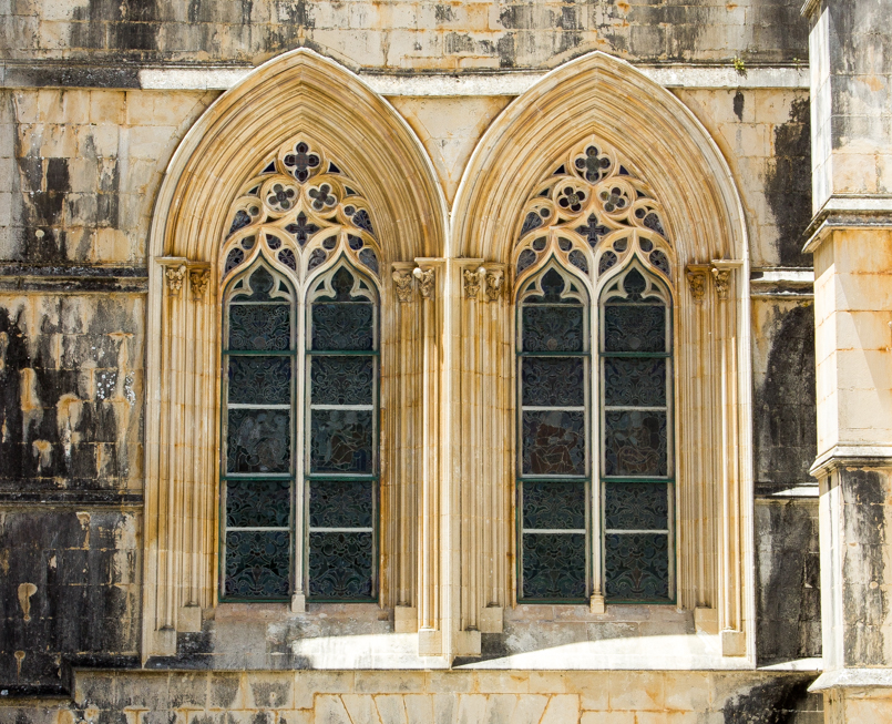 Le Fashionaire Wandering around Batalha Monastery portugal monument batalha monastery window 0031 EN 805x653