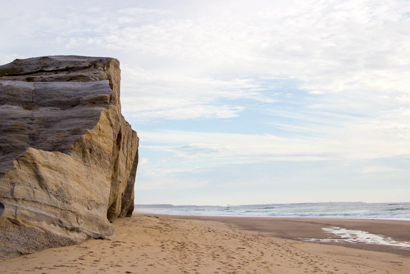 Le Fashionaire Branco praia rei cortico macacao branco blogueira bonita areia costa mar rochas 0578 PT 805x537