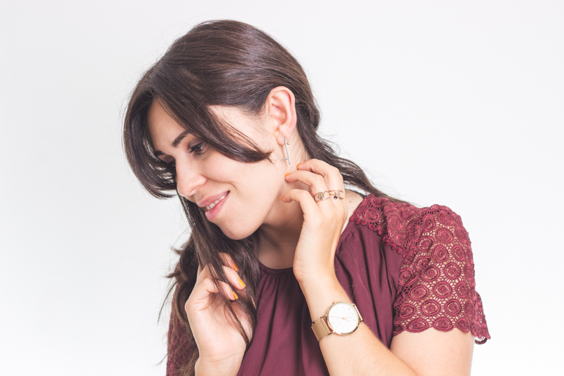 Le Fashionaire Getting personal catarine martins blogger earrings catarina militao jewellery design bordeaux—rosefield watch 6056 EN 1 805x537