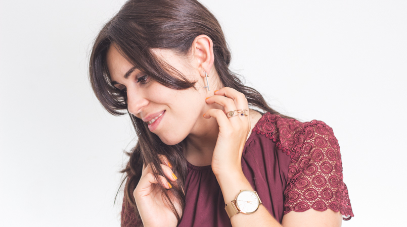 Le Fashionaire Getting personal catarine martins blogger earrings catarina militao jewellery design bordeaux—rosefield watch 6056 FEATURED EN 1 805x450