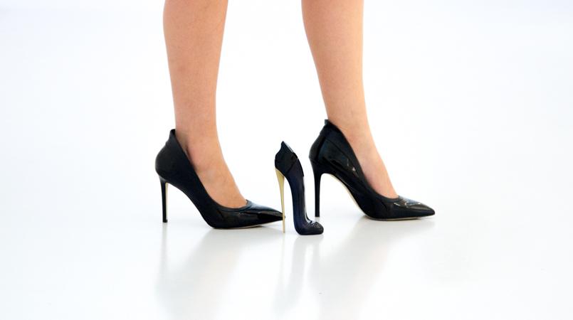 Le Fashionaire Good Girl drugstore museum perfume good girl carolina herrera stilettos black heels aldo 6113 FEATURED EN 805x450