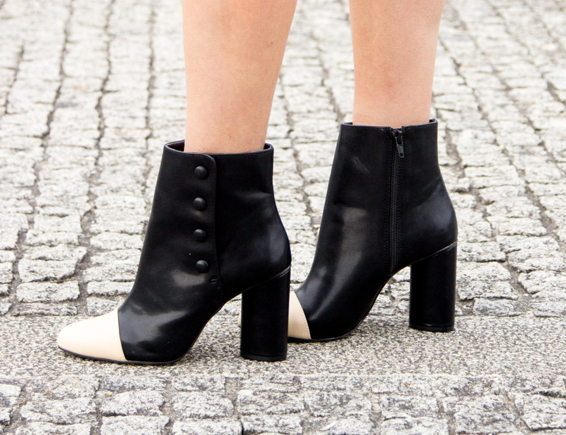 Le Fashionaire Simple as a black dress fashion blogger catarine martins Booties Zara Black White 6590 EN 805x619