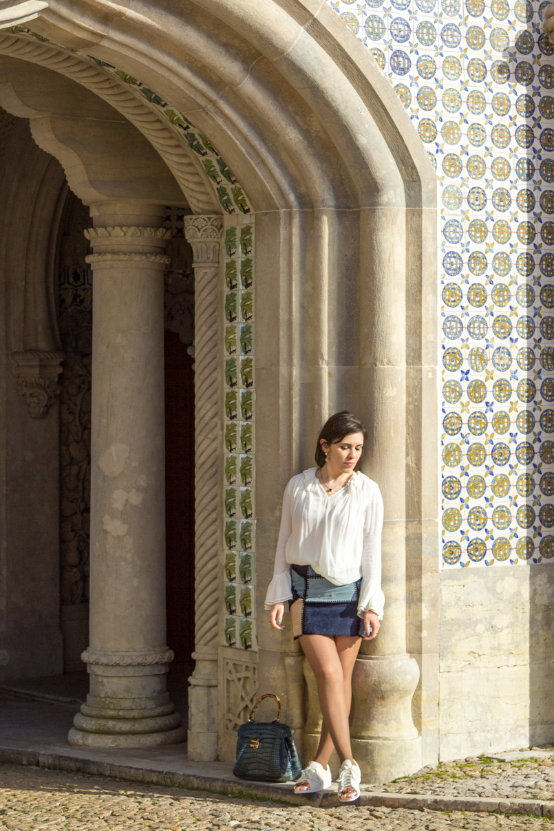 Le Fashionaire Once upon a time... portugal palace pena sintra blogger skirt zara bag lanidor bamboo crocodile shirt zara shoes sneakers adidas superstar white gold earrings arc zara necklace mango img 7978 en 805x1208
