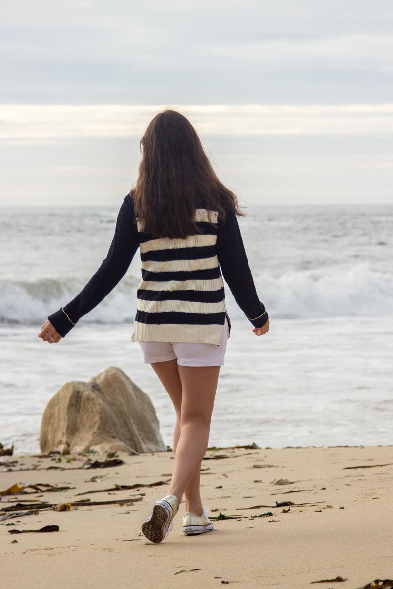 Le Fashionaire Chuva de Estrelas praia mar porto blogueira camisola zara kids malha riscas azul branca dourada sapatilhas allstar converse douradas calcoes brancos botoes dourados versace riachuelo 6296 PT 805x1208