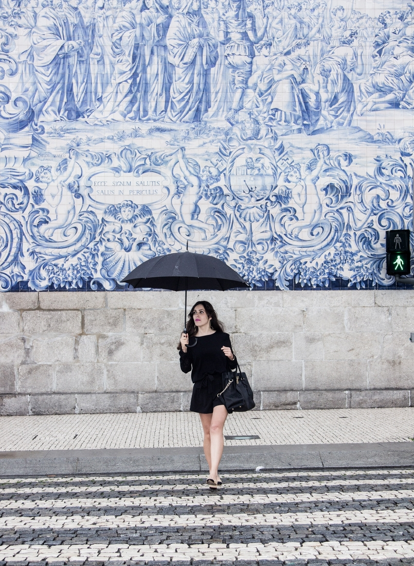 Le Fashionaire A força está em nós blogueira catarine martins igreja carmo moda inspiracao calcoes pretos laco asos mala hamilton michael kors 7450 PT 805x1100