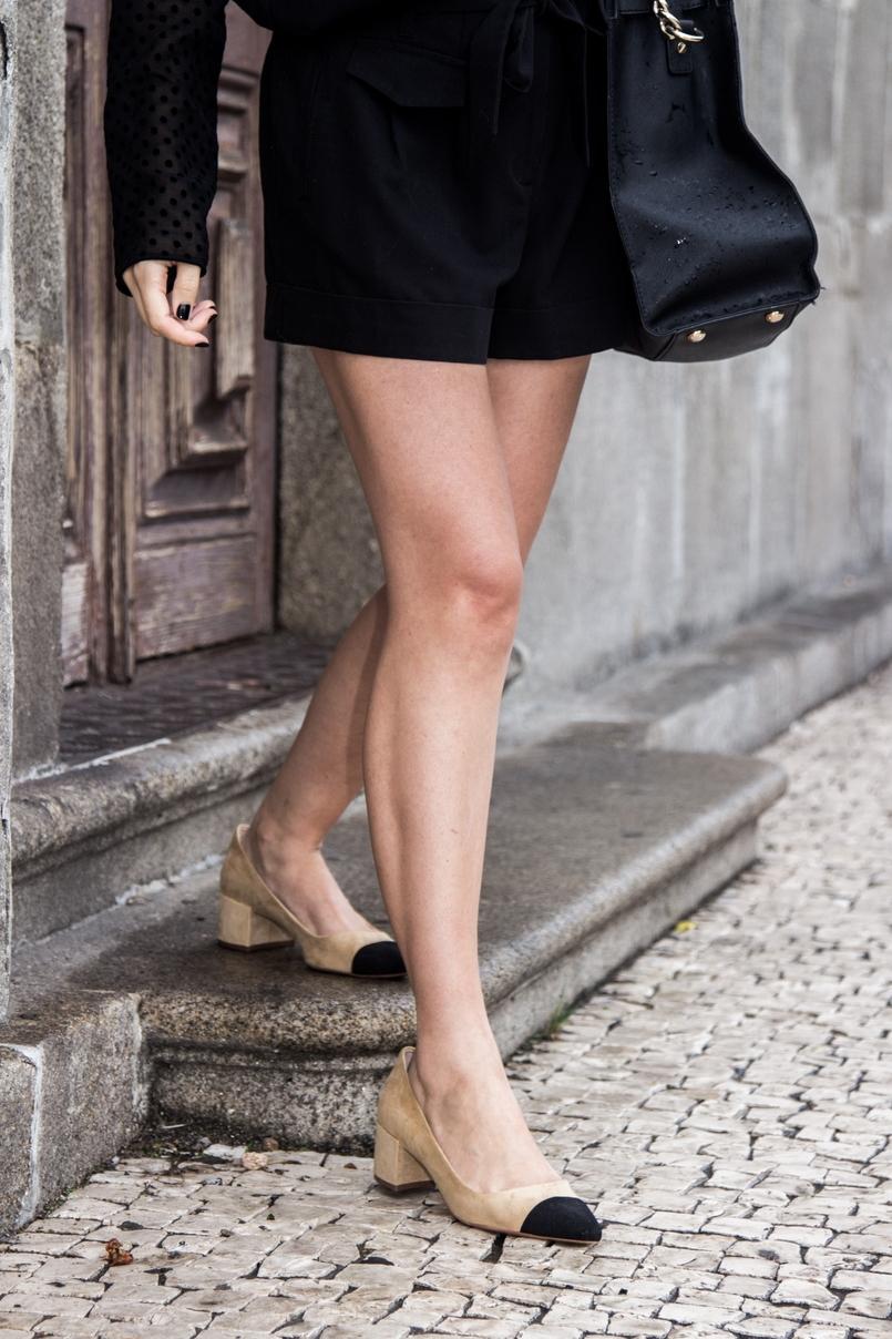 Le Fashionaire Good Vibes blogueira catarine martins igreja carmo moda inspiracao calcoes pretos laco asos sapatos pretos brancos zara mala hamilton michael kors 7438 PT 805x1208
