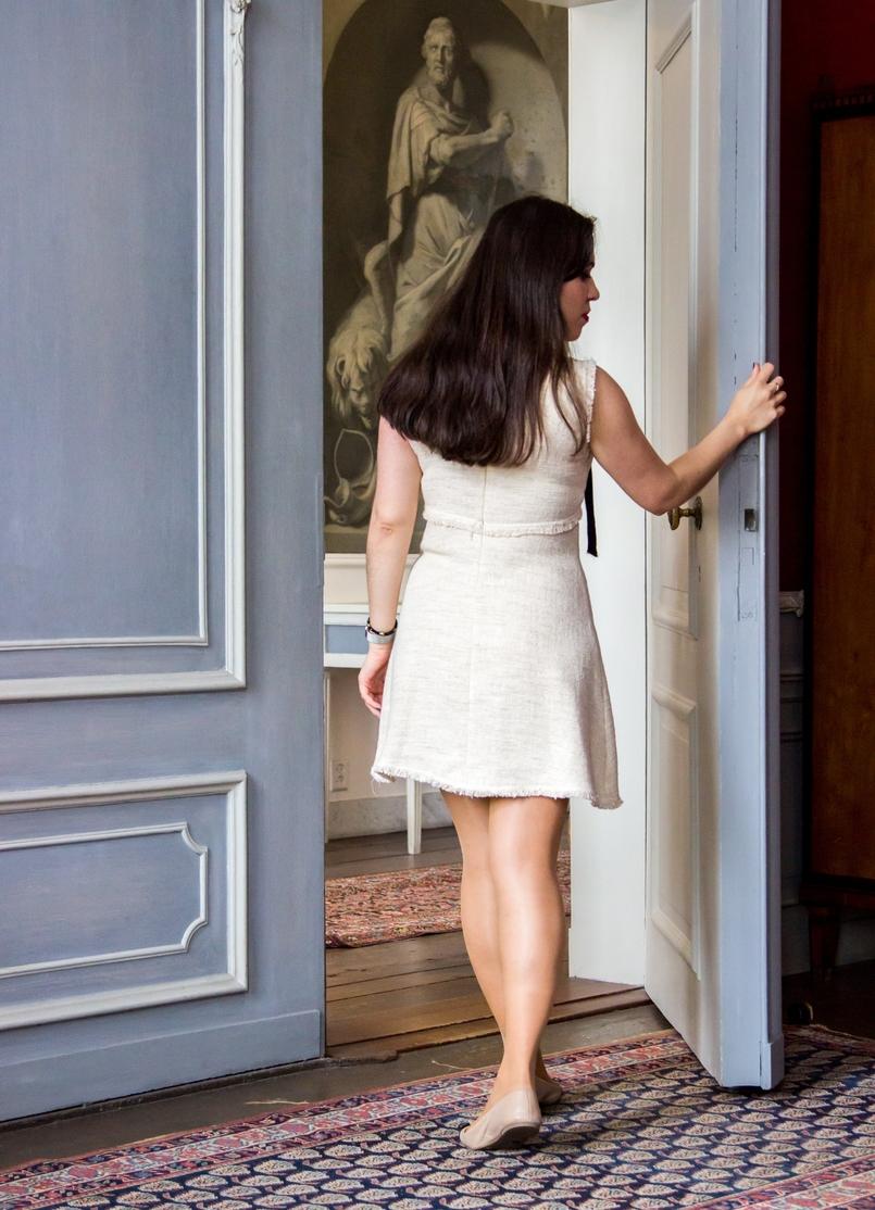 Le Fashionaire Diário de Viagem: Amsterdão blogueira catarine martins vestido branco preto zara sabrinas branco preto marc jacobs amesterdao museu van loon 0946 PT 805x1114