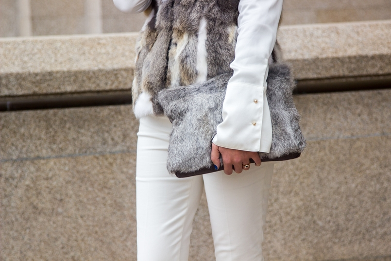 Le Fashionaire Lets talk about leather brown white leather fur vest pants white zara white silk gold buttons zara shirt leather fur grey sfera clutch 9567 EN 805x537