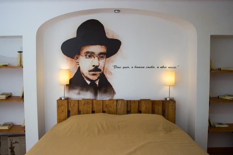 Le Fashionaire Guerlain is always a good idea casa portuguesa hotel fernando pessoa 5277 EN 805x537