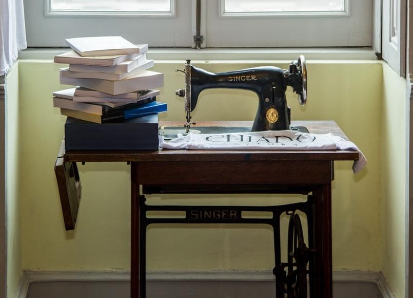 Le Fashionaire Chiado Café Literário livros sala bonita chiado cafe literario 0160 PT 805x580