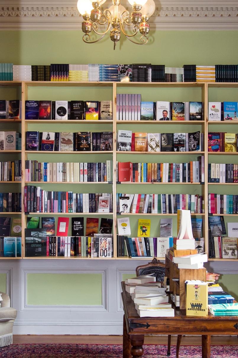 Le Fashionaire Chiado Café Literário livros sala bonita chiado cafe literario 9898 PT 805x1208