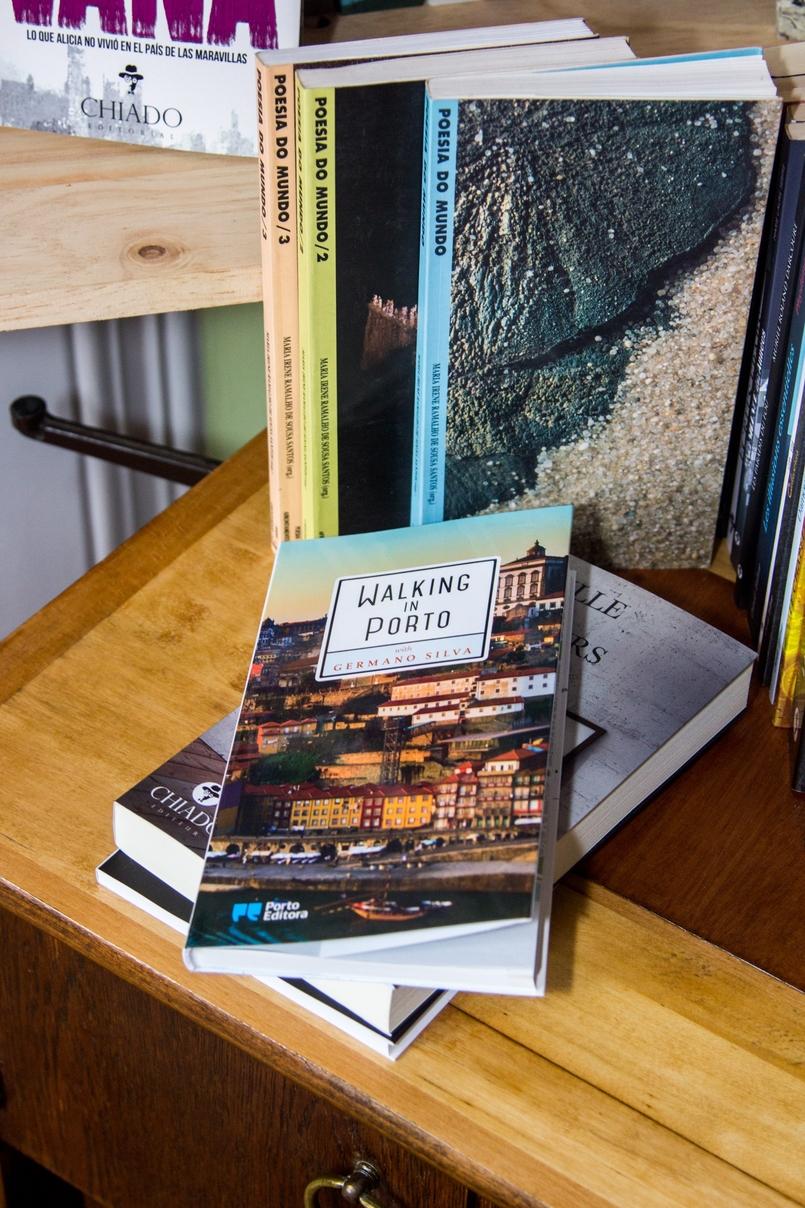 Le Fashionaire Chiado Café Literário livros sala bonita chiado cafe literario 9919 PT 805x1208