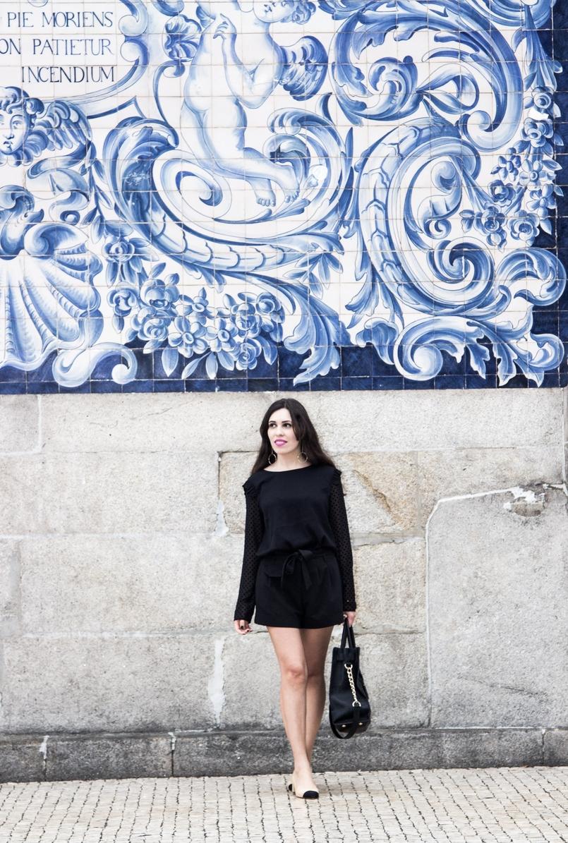 Le Fashionaire A força está em nós moda inspiracao blusa preta mangas transparentes bolinhas veludo zara calcoes pretos laco asos sapatos pretos brancos zara mala hamilton michael kors 7410 PT 805x1195