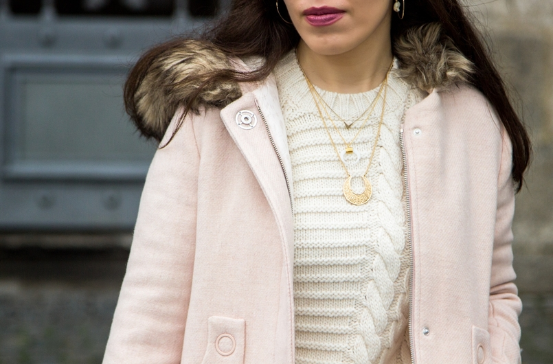 Le Fashionaire Think Pink pale pink winter fur coat zara kids wool knit sweater white mango white gold silver 925 cinco necklace white gold silver 925 cinco necklace 0201 EN 805x530