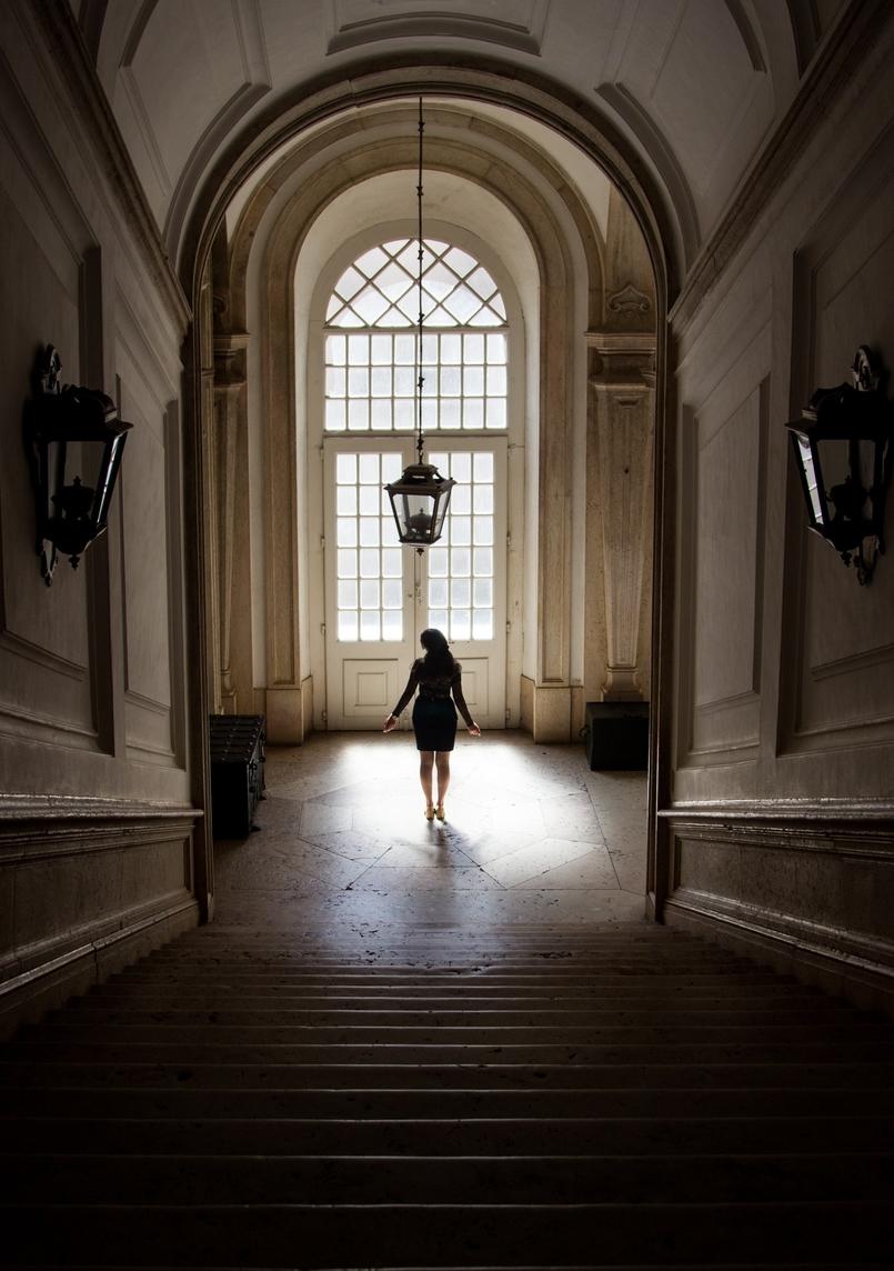 Le Fashionaire Sonhos de Veludo saia veludo preto peplum mango body renda bordado transparente preto intimissimi palacio mafra 5597 PT 805x1144