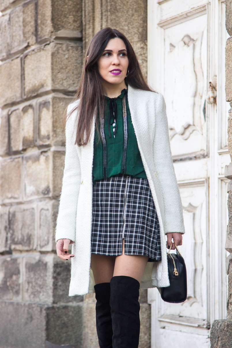 Le Fashionaire Carpe Diem black and white tartan –zara skirt dark green zara blouse over knee black stradivarius boots white winter mango coat black gold hoop zara it bag 2461 EN 805x1208