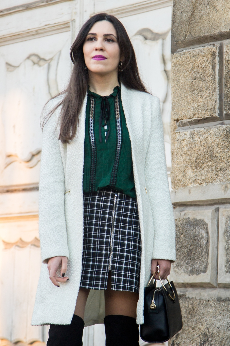 Le Fashionaire Carpe Diem black and white tartan –zara skirt dark green zara blouse over knee black stradivarius boots white winter mango coat black gold hoop zara it bag 2465 EN 805x1208