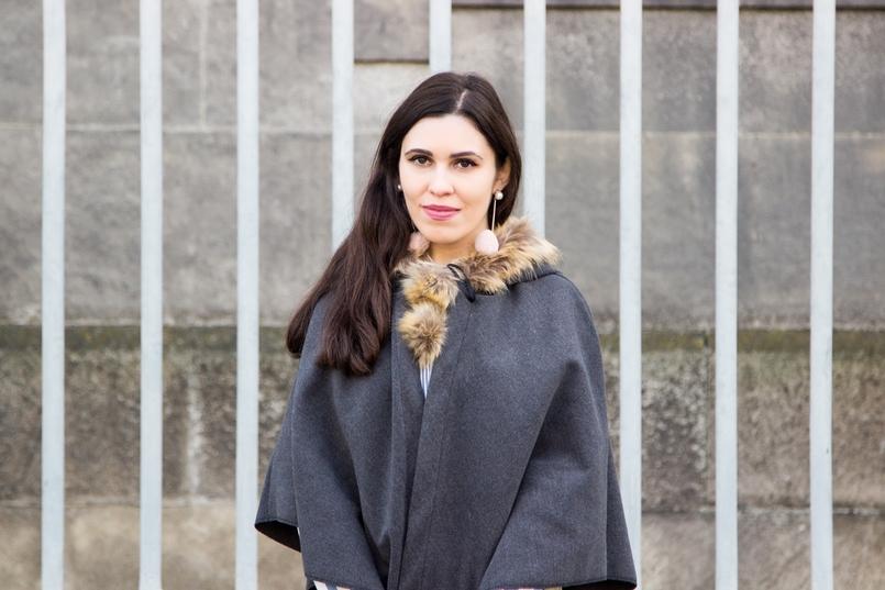 Le Fashionaire Seguir em frente blogueira catarine martins moda inspiracao brincos pompom rosa mango capa cinza pompom castanho 0329 PT 805x537