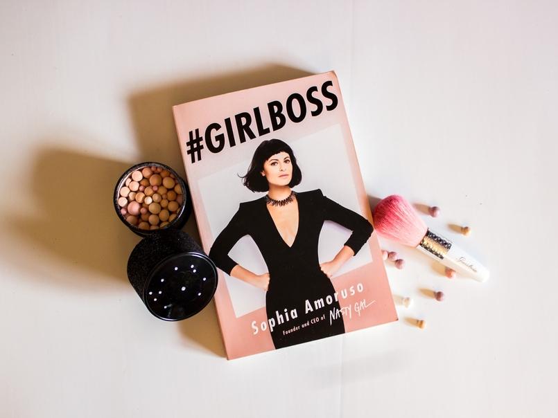 Le Fashionaire 3 dicas que aprendi com o Girl Boss blogueira catarine martins moda inspiracao livro girl boss sophia amoruso rosa guerlain meteoritos coloridos 108 PT 805x604