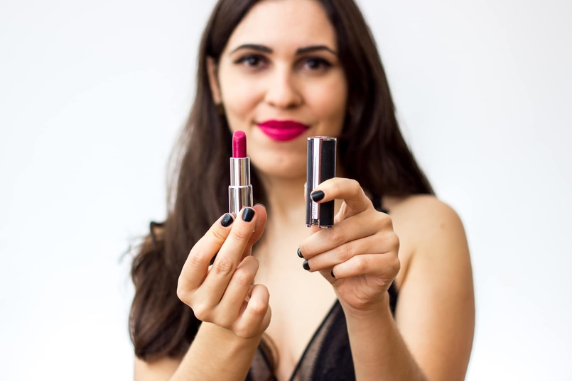 Le Fashionaire 7 lipsticks for Fall givenchy framboise velours pink leather package body oysho lace black fall 9152 EN 805x537