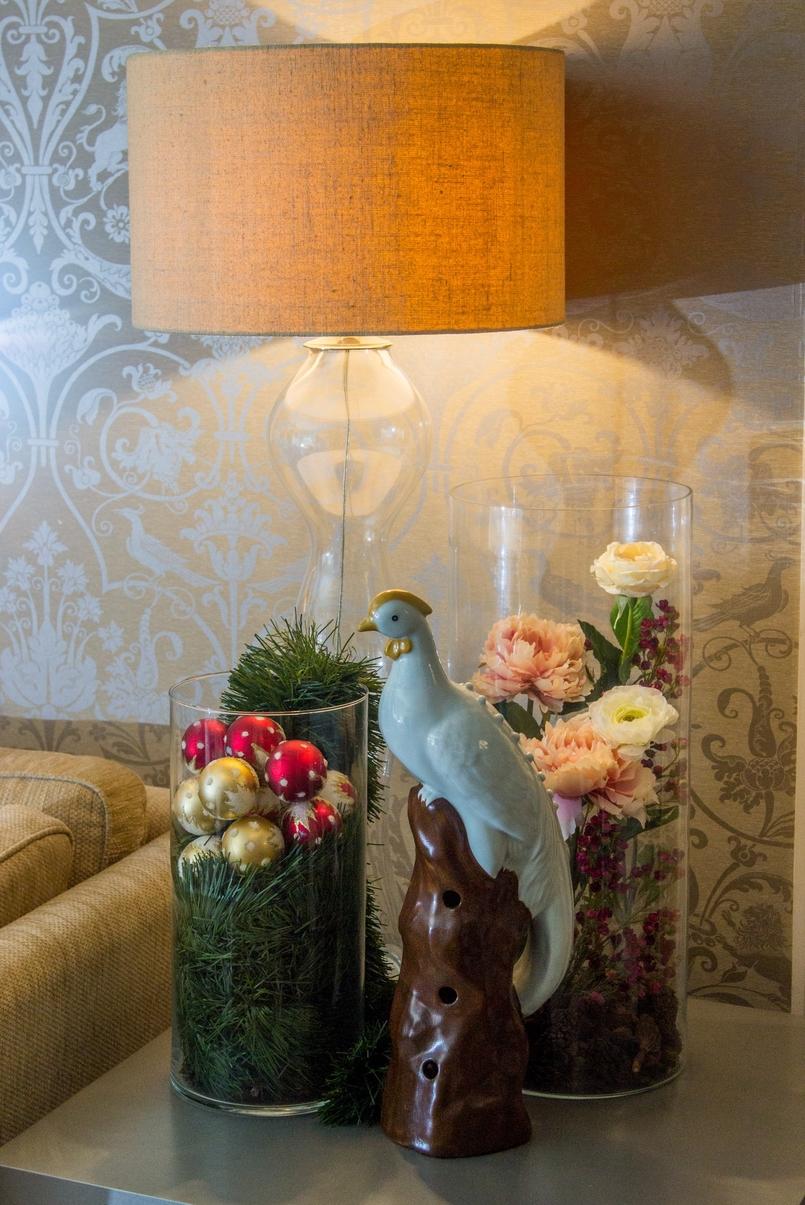 Le Fashionaire Palácio da Lousã Boutique Hotel lamp jug flowers bird decoration lousa palace boutique hotel 1308 EN 805x1205