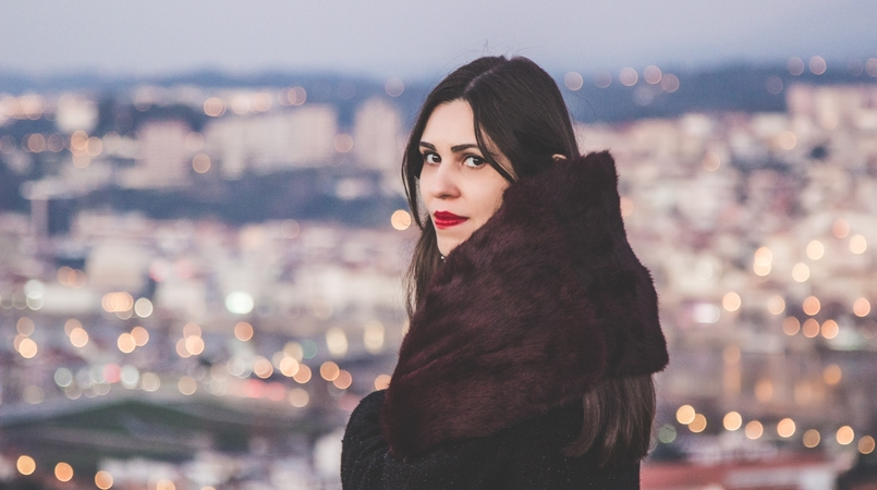 Le Fashionaire Bye bye, 2016! new year blogger catarine martins fashion inspiration burgundy fur sfera stole red lipstick kate moss rimmel 3433F EN 805x450