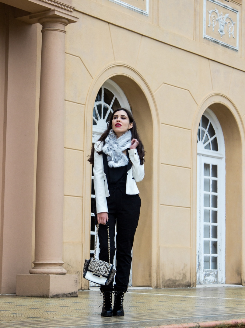 Le Fashionaire Whats luck got to do with it? white black zara blazer sporty black zara trousers militar stradivarius black boots rabbit fur white grey stole 9813 EN 805x1079