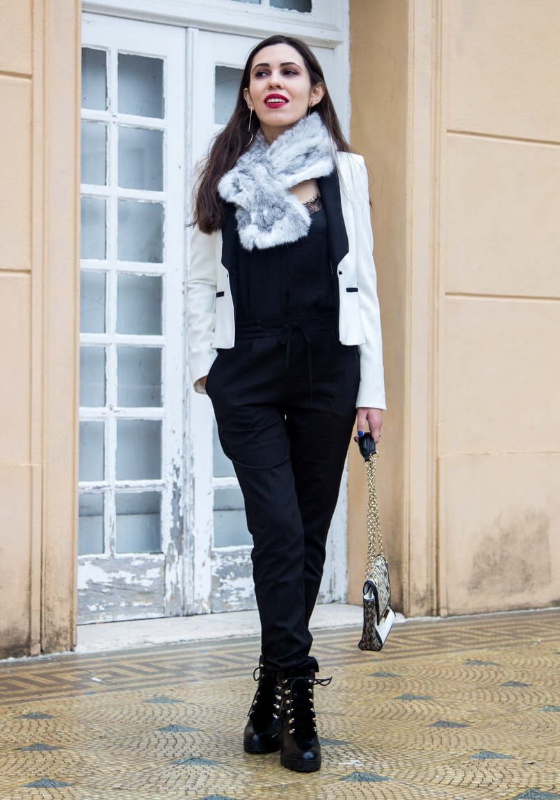 Le Fashionaire Whats luck got to do with it? white black zara blazer sporty black zara trousers militar stradivarius black boots rabbit fur white grey stole 9851 EN 805x1150