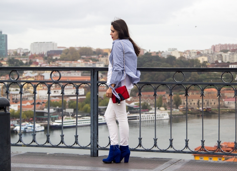 Le Fashionaire Special white blue stripes embroidered flower stradivarius shirt red leather bee dark blue bee mango clutch electric blue zara ankle boots 9696 EN 805x580