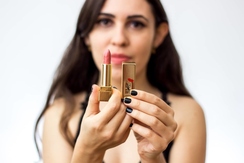 Le Fashionaire 7 lipsticks for Fall ysl nude peach kiss love edition 70 body oysho lace black fall 9104 EN 805x537