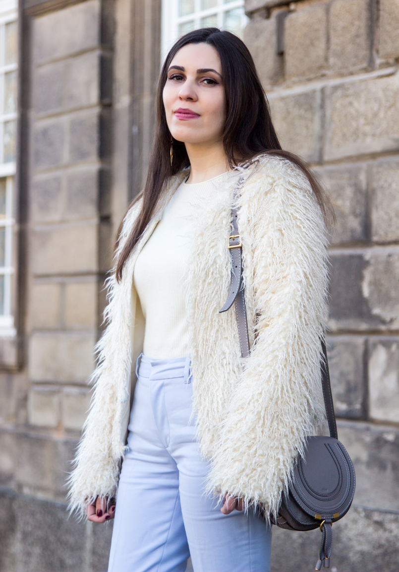 Le Fashionaire Why women have to support other women baby blue zara trousers white cashmere mango sweater white zara faux fur coat chloe mini marcie gray leather bag 3841 EN 805x1153