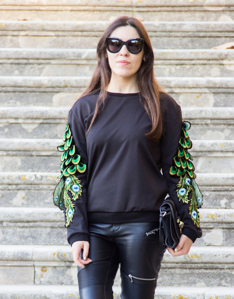 Le Fashionaire Being Bold black neoprene peacock sleeves shein jumper black biker zara trousers black gold minimalistic zara clutch black celine sunglasses 1803 EN 805x1025