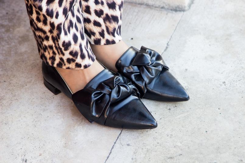 Le Fashionaire O que podemos aprender com o discurso da Meryl Streep blogueira catarine martins moda inspiracao calcas leopardo estampado preto castanho zara sapatos pretos laco zara 3043 PT 805x537