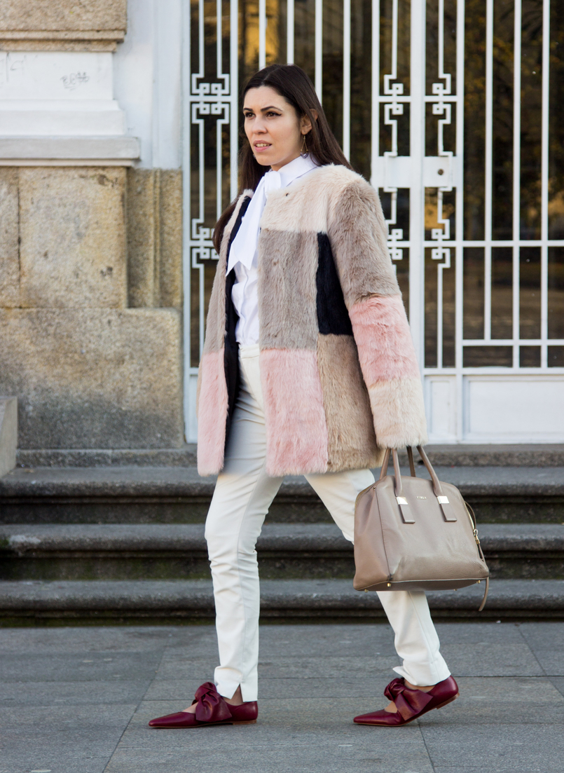 Le Fashionaire Does the friendship end? pale pink nude blush asos faux fur coat white shirt victorian bow globe nude furla twiggy bag white zara trousers pointy red leather bow zara flats 4704 EN 805x1103
