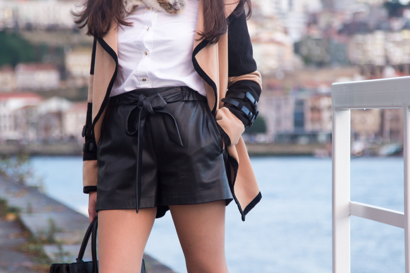 Le Fashionaire Life Happens white cotton golden buttons hm shirt black fake leather bow belt shorts camel brown black coat leather buckles wool shein 0418 EN 805x537