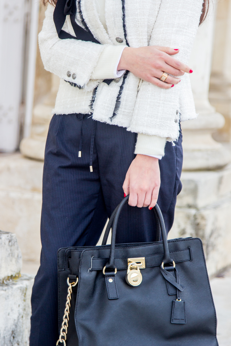 Le Fashionaire 3 reasons to wear red lipstick on Valentines fashion inspiration white tweed black bow classic zara chanel like jacket black leather hamilton michael kors bag leather nude gold calvin klein ring 4491 EN 805x1208