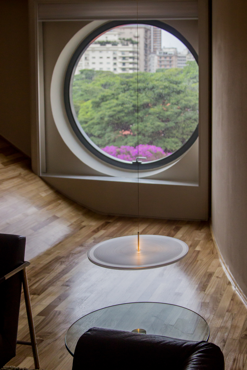 Le Fashionaire Unique Hotel round window hotel unique sao paulo 5905 EN 805x1208