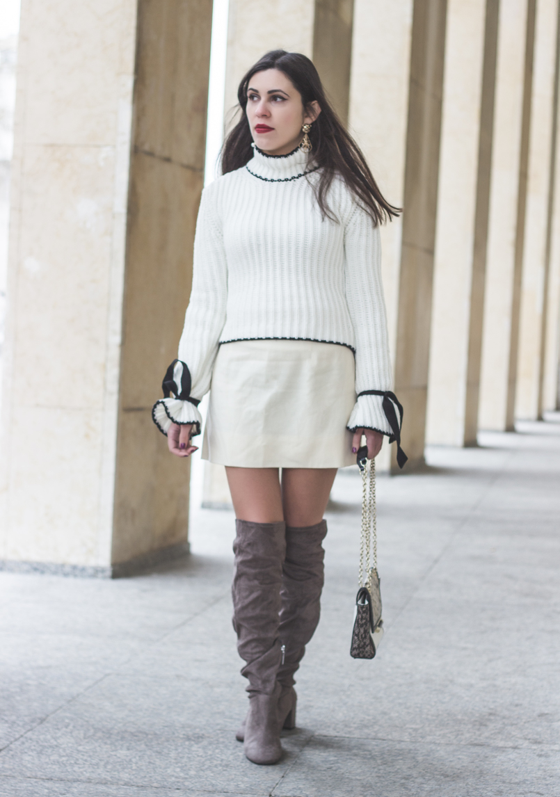 Le Fashionaire Dont be like the rest of them blogger catarine martins knit sweater wool white bell sleeves black bow shein white nude old skirt over knee suede gray bershka boots 0951 EN 805x1146