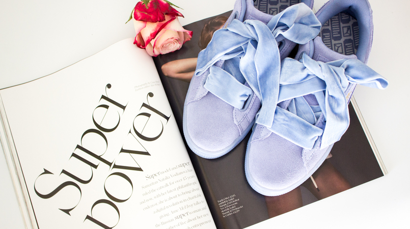 Le Fashionaire New In: Puma Suede Heart blogger catarine martins puma suede heart lavender velvet sneakers blue porter magazine spring pink rose 5135F EN 805x450