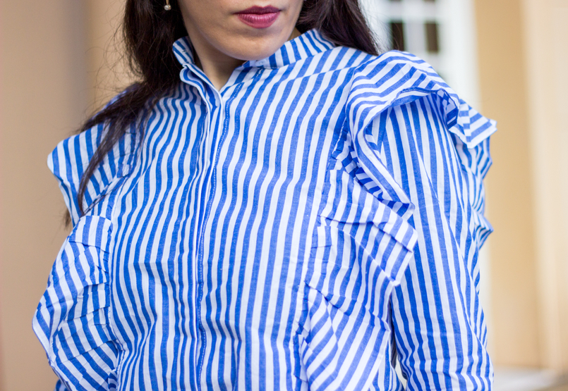 Le Fashionaire Silêncio blogueira catarine martins camisa riscas azul branca shein folhos brincos argolas perola dourado hm 1889 PT 805x555