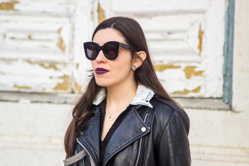 Le Fashionaire Todos devemos ser feministas? blogueira catarine martins colar cinco meia lua branco dourado oculos sol pretos massa grandes celine casaco pele preto cabedal biker mango 6719 PT 805x537
