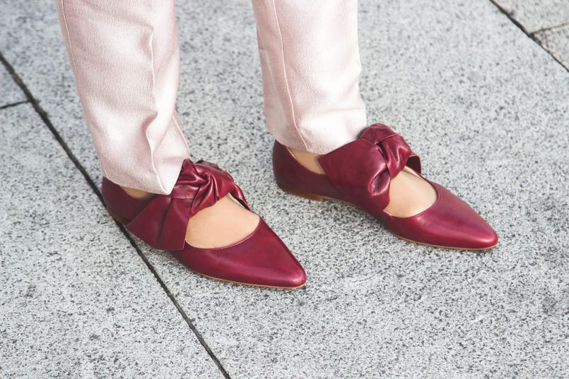 Le Fashionaire 50 tons de rosa blogueira catarine martins moda inspiracao calcas rosa bebe brilhantes zara sapatos pele pontiagudos vermelhos zara 7300 PT 805x537