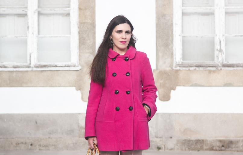 Le Fashionaire 50 tons de rosa blogueira catarine martins moda inspiracao casaco la zara rosa choque botoes pretos 7290 PT 805x516