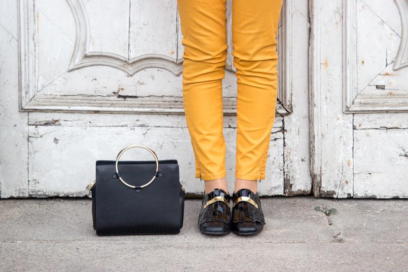Le Fashionaire Somos os nossos piores inimigos? calcas skinny amarelo torrado zara sapatos estilo masculino preto verniz dourado franjas mala preta argola dourada zara 7424 PT 805x537