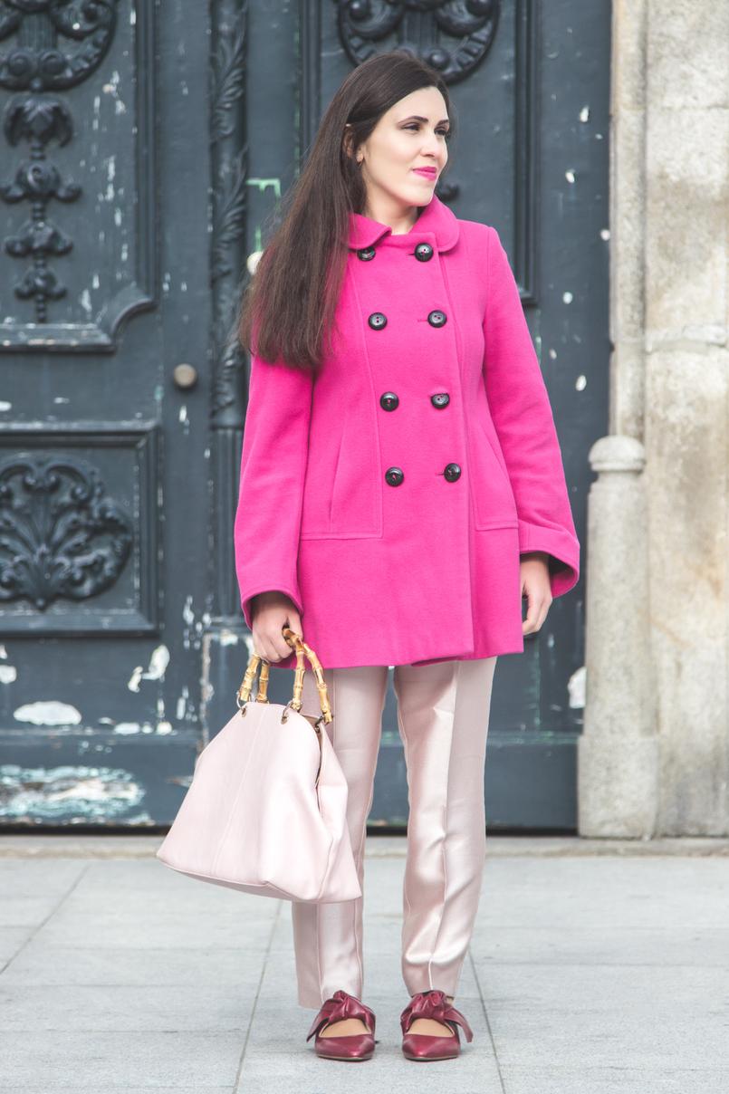 Le Fashionaire 50 tons de rosa casaco la zara rosa choque botoes pretos calcas rosa bebe brilhantes zara sapatos pele pontiagudos vermelhos zara mala parfois rosa bebe pega bamboo 7275 PT 805x1208