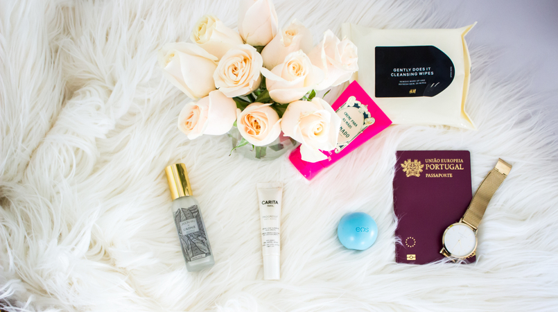 Le Fashionaire 5 in flight beauty essentials flowers roses carita progressif anti rides soin expert rides white tub hand cream granado packing vintage pink gold 4928F EN 805x450