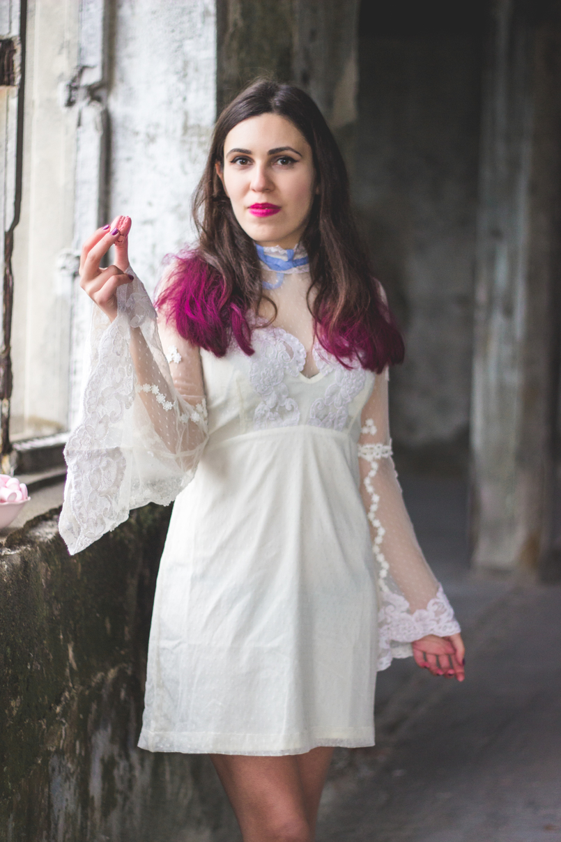 Le Fashionaire Pink hair dont care lace edwardian asos white dress lavender bow colorista pink loreal hair spray pink flat out fabulous mac lipstick 1146 EN 805x1208