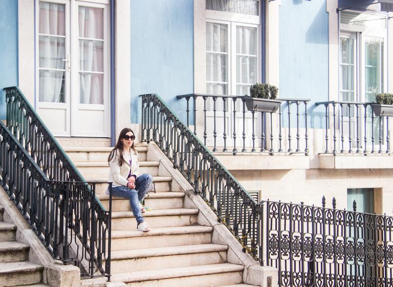 Le Fashionaire Faz acontecer! lisboa rua escadas casaco branco polipele cobra zara calcas ganga rasgadas bershka 6625 PT 805x588